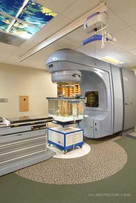 Аппарат SynergyS для проведения стереотаксической радиохирургии