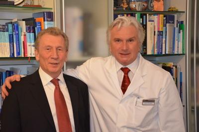 Профессор Зиберт и директор международного департамента клиники Кассель В.Аммосов